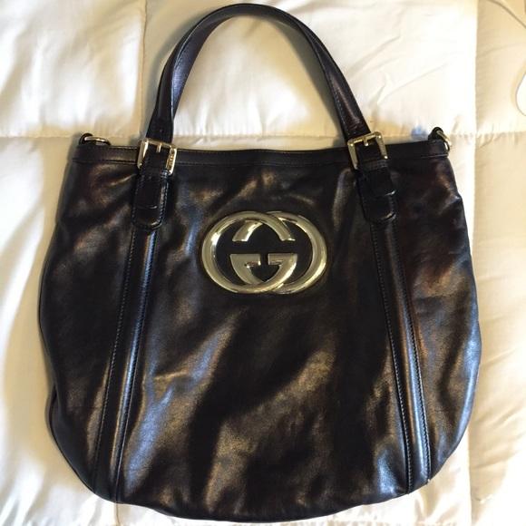 277ee5a66e2 Gucci Handbags - Authentic Gucci Black Leather Britt Tote Bag
